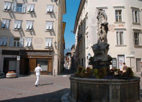 Rovereto - Piazza delle Oche