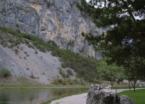 Lago di Nembia